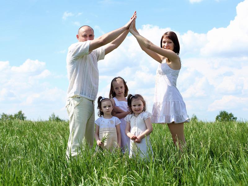 Многодетная-семья-земля_800_600